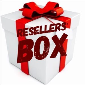 {Anthro} Resellers' Box